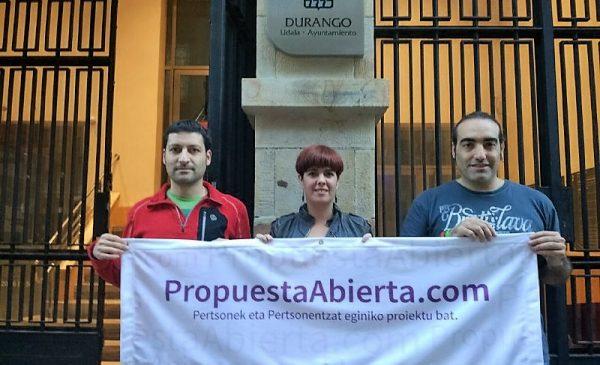 Jorge Varela, Neskutz Rodriguez y Julián Ríos de SQ-D2 y Podemos