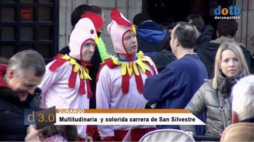 Multitundinaria y colorida San Silvestre