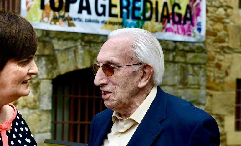 Balendín Lasuen junto a Nerea Mujika, presidenta de Gerediaga FOTO: Gerediaga