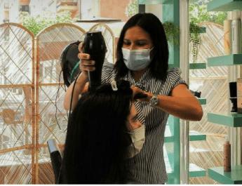[dotb.eus] Emprendedores en tiempo de covid: Ana Isabel abre su peluquería en Durango
